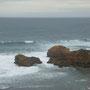 Hier in der Nähe ist ein australischer Prime Minister beim Baden ertrunken - wundert mich nicht, wenn ich mir die Wellen so anschaue...