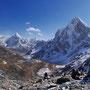 Cholatse  (6440 m)...