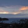 Kurzer Stopp auf dem Heimweg: Sonnenuntergang mit Blick auf die Bay