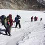 Heidenspaß: Stapfen durch Schnee und Eis