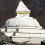 Die Stupa schaut ein wenig böse