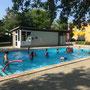 Unser Schwimmbad am Schulgelände