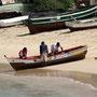 Fischer am Strand von Sal Rei