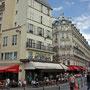 typisches Pariser Haus mit Bistro