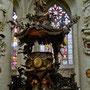 Die barocke Kanzel der Kathedrale St. Michael und St. Gudula