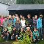 Im Herbst waren wir bei der GS Guteborn und haben zusammen mit den Schülern das Energieholz geerntet und zu Hackschnitzeln verarbeitet die wir im Biomassekocher in Wärme und Strom umgewandelt haben.