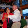 Da reisst es unseren Turniertänzer Hansjörg mit seiner Heidi selbstverständlich vom Hocker