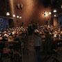 Publikum vor dem Konzertbeginn, Hamburger Klangkirche, © Foto: Living Music