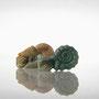 オウムガイとアンモナイト 石彫(滑石)/アクリル絵の具で着色