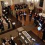 Blick ins Kirchenschiff auf die Flötengruppe