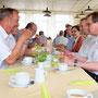 Pfarrerehepaar Iris und Rolf Hocke, 2.- und 3. von rechts