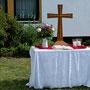 Der Altar im Freien