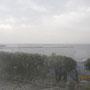 「浜の湯」内より、元町港を望む。