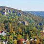 Vom Gipfel aus hat man einen hervorragenden Ausblick auf das Rusenschloß, die Blautalwand und das Klötzle Blei in bzw. über Blaubeuren.