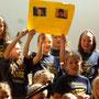 Die Kinder verabschieden sich von Ihren Dirigentinnen Anja Maag und Edeltraut Sichler
