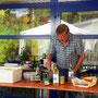... und der Klaus macht ihn an ... den Kartoffelsalat ... hmmmm lecker