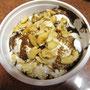 Was für ein prächtiges Dessert. Ein Eis mit Cashewnüssen im angesagtesten Eisladen Bagalores.