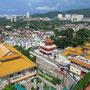 Blick vom Ban Po Thar Turm. (Kek Lok Si Tempel)