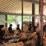 Musizierende im Kraton.