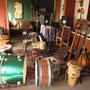 So sieht das Zimmer eines Musikers aus.