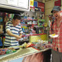 Beim chinesischen Kleinmarkteinkauf.