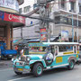 Ein Jeepney, oder kurz Jeep.