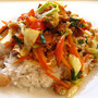 Reis mit gebratenem Gemüse & Schweinefleisch.