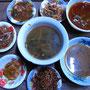 Einige echte Herausforderungen. Vergorener Tofu oder Innereiensalat gefällig?