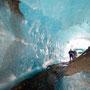 Australier in der Eishöhle