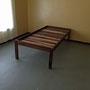 Auch dieses Bett konnte ich wegen der High-Heel-Lady nicht mehr verkaufen.