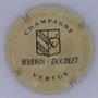 Marque : SEVERIN - DOUBLET N° Lambert : 1 Couleur : Crème et noir  Description : Coeur percé d'une flèche dans blason - nom de la marque Emplacement :