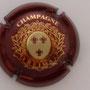 Marque : STUART MARIE N° Lambert : 9 Couleur : Bordeaux et Or Description : 3 fleurs de lys  Emplacement :