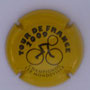 Marque : CHAMPIGNOL N° Lambert : H2009 Couleur : Jaune et noir Description : Cycliste stylisé  Emplacement :