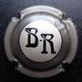 Marque : BOYER - ROUILLERE N∞ Lambert : 28 Couleur : Noir et gris Description : Initiales BR et nom du producteur Emplacement :