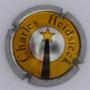 Marque : HEIDSIECK Charles N° Lambert : 43a Couleur : Petite écriture. Contour rayé métal, cercle jaune. 32 mm Description : Comète  Emplacement :