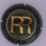 Marque : RENAUDIN René N° Lambert : 8 Couleur : Vert foncé et or brillant Description : Initiales RR dans un double cercles Emplacement :