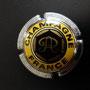 Marque :  ROTHSCHILD N° Lambert : 6 Couleur :  Or, jaune et acier. Striée Description : Quart : diam 26. Lettre R cursive dans un hexagone.   Emplacement : 094-08-03
