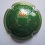 Marque : SENEZ N° Lambert : 1 Couleur : Vert, striée Description : Lettre CS dans armoirie au dessus du nom de la marque  Emplacement :