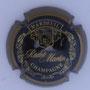 Marque : RADET - MARTIN N° Lambert : 12 Couleur : Noir et or  Description : Nom de la marque surmonté d'un blason  Emplacement :
