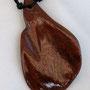 3) 10.-, Länge: 6 cm Breite:3.5 cm Dicke: 3mm Bändellänge: 49 cm Bändel: gewachste Baumwolle, doppelt geführt