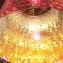 瞬く虹のハシラ / 2011 / 偏光フィルム・アクリル板・丸カン / H100×W50×D50cm