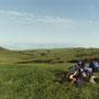 草原の島、礼文。日本最北限の島は、驚くほど綺麗な海に囲まれている。                               ここに滞在する旅人は、誰もが個性的だ。                                    礼文島北部 北海道