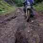 現在日本最長の単線連続ダートは距離68Km。このときはすでに廃道寸前。道の厳しさと距離の長さに、ふーすけは魂の抜け殻になってしまった…。<道東大規模林道>