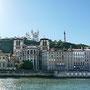 Rive de Saône, vue sur les chevets de la cathédrale St-Jean et de la basilique de Fourvière
