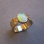 750/- Palladiumweißgold, Opal, Brillanten