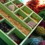 Naturfarben für unsere IKAT Stoffe