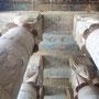 Die restaurierten Rliefs im Hathor-Tempel von Dendara; Photo: Daniela Rutica