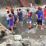 2015年9月の行事でみんなで川遊び