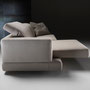 Auch das Sofa Ghost kann die Sitztiefe um 57cm verlängern