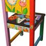 """""""una Storia su seggiolina per bambina"""" acrilici e tratti a matita su legno"""